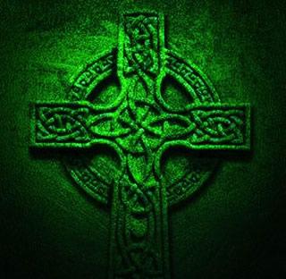 La croix celtique, symbole païen de la culture celte, c'est