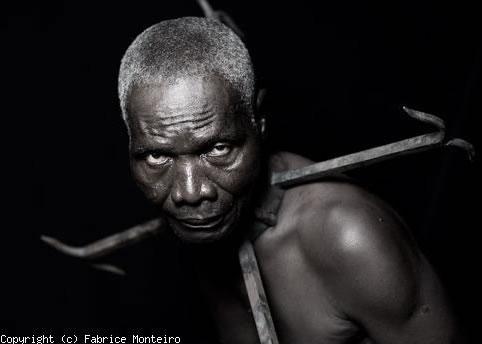 Esclave et carcan