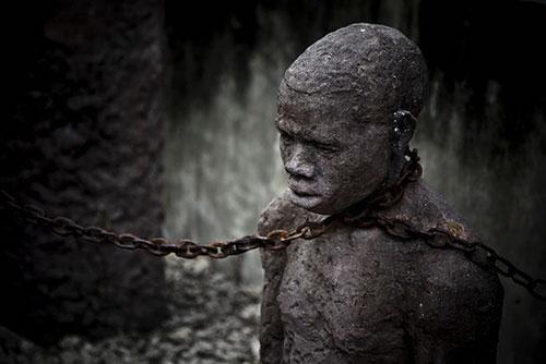 Esclave enchainé