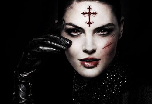 Une fille gothique