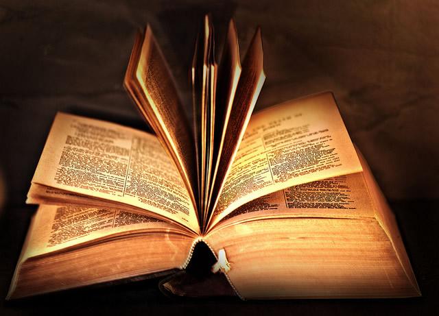 Livre Saint