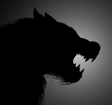 Loup-garou devant la lune