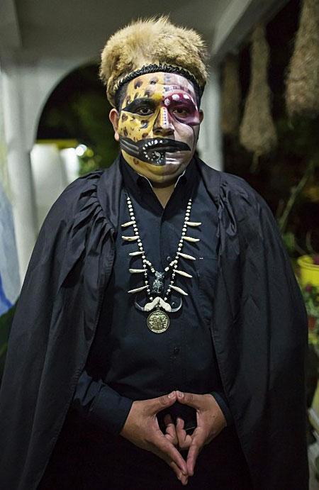 Maître de cérémonie d'une messe noire