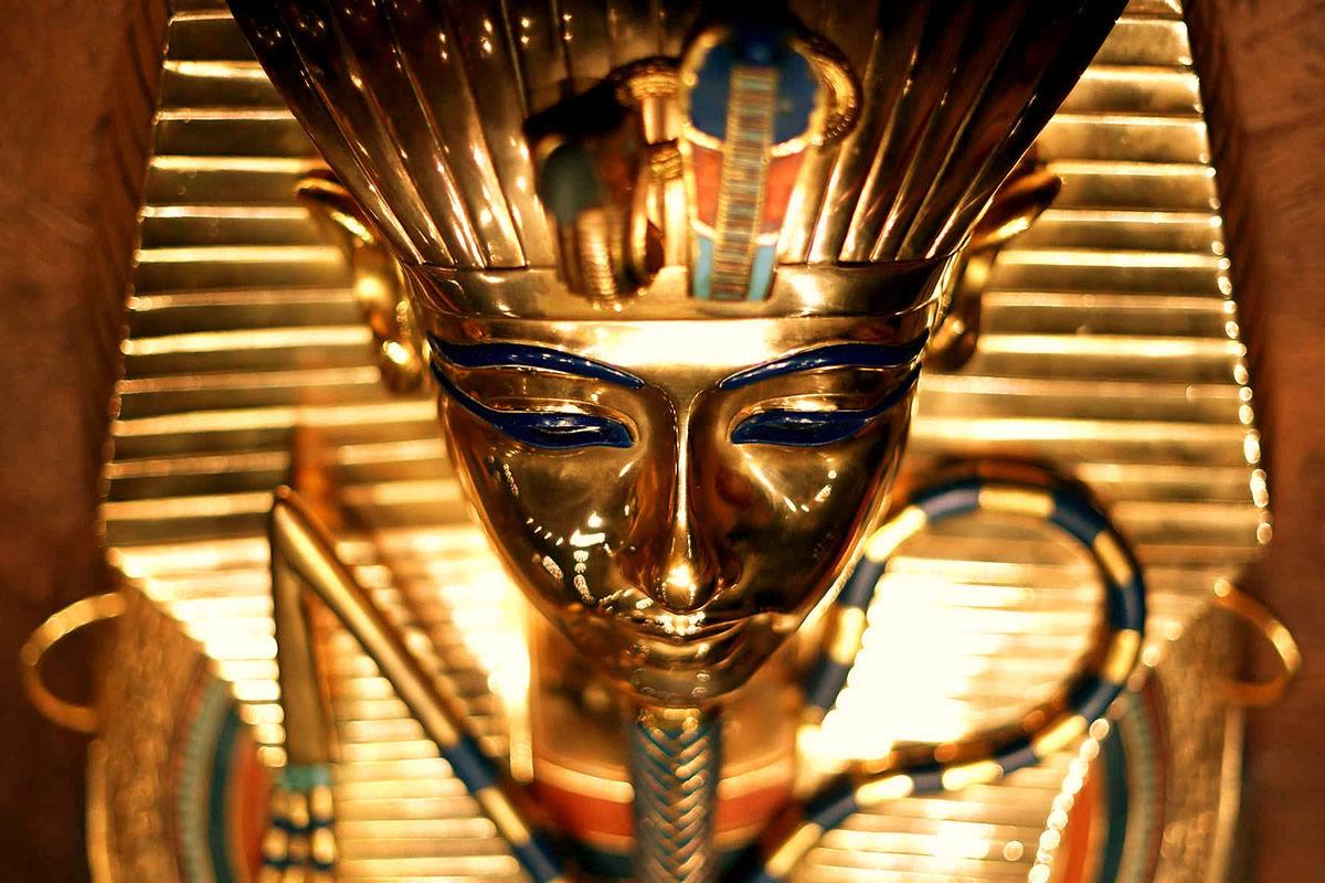Réplique du masque de Toutankhamon
