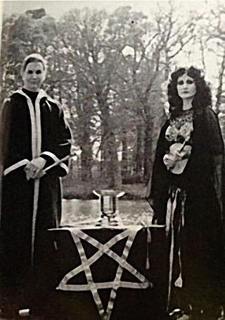 Michael et Lilith Aquino