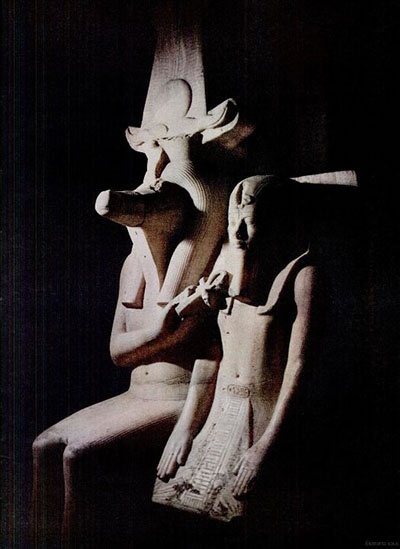 Statues dans l'ancienne Egypte