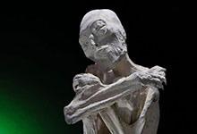 Les momies à trois doigts de Nazca