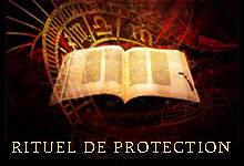 Rituel avec une bougie pour la protection contre des esprits indésirables ou la malchance