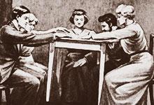 Les esprits frappeurs et les tables tournantes